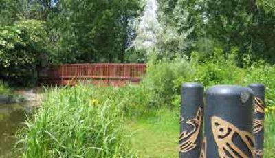 Bridge between the environment lake and boating lake