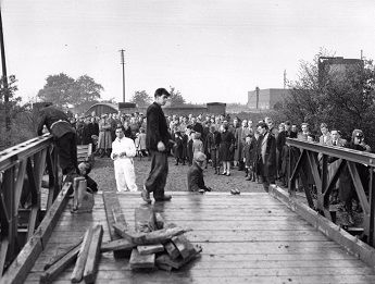 Waiting for the Bailey Bridge to open in November 1955